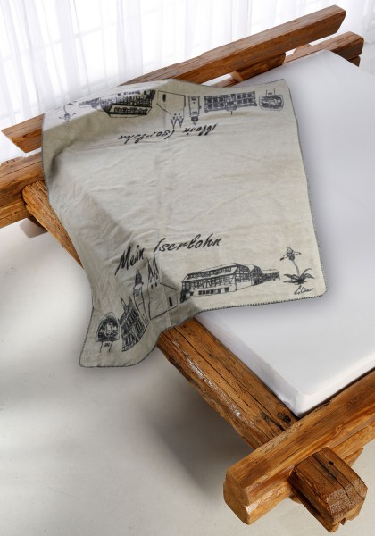 Iserlohn Kolter auf dem Bett