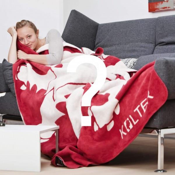 Hessenkolter auf Couch