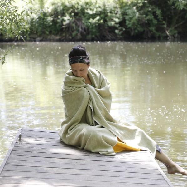 Meditationsdecke-am-SeevZwYv44xsQTSY