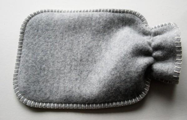 Waermflaschenbezug Oekolana grau-weiss