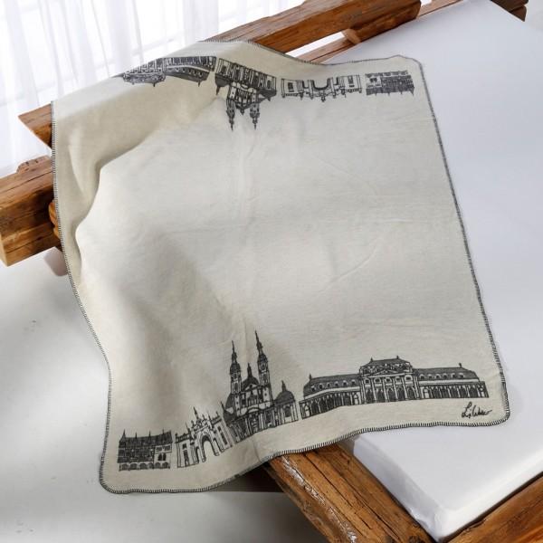 Fulda Kolter auf dem Bett