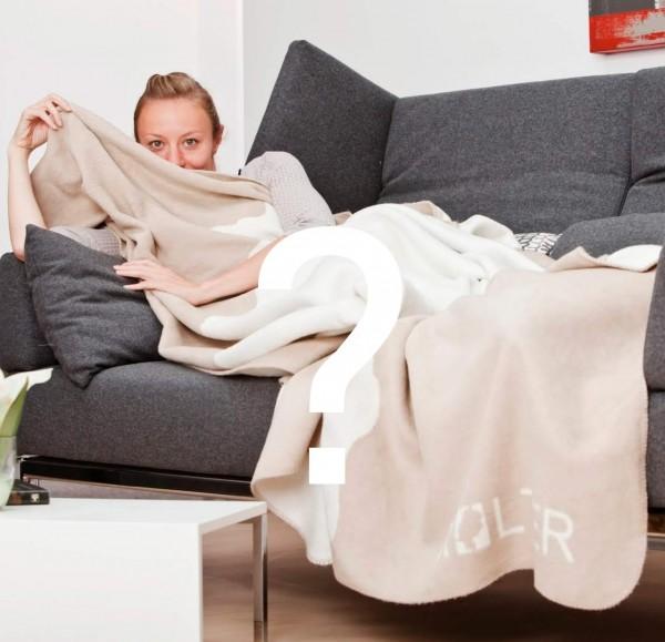 Hessenkolter auf der Couch
