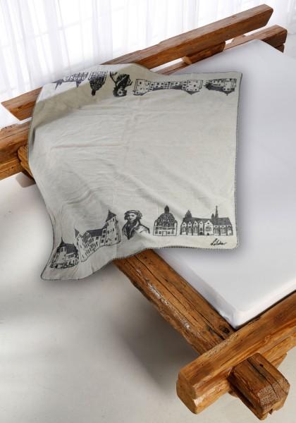 Butzbach Kolter auf dem Bett