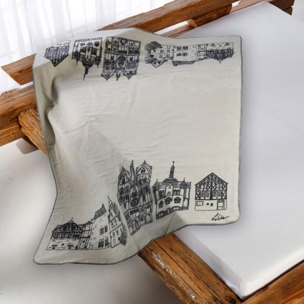 Limburg Kolter auf dem Bett