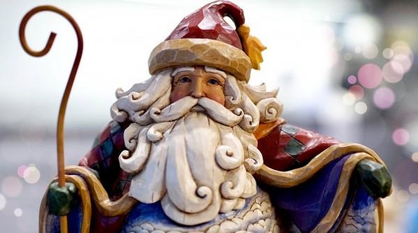 Heiliger-Nikolaus-aus-Holz